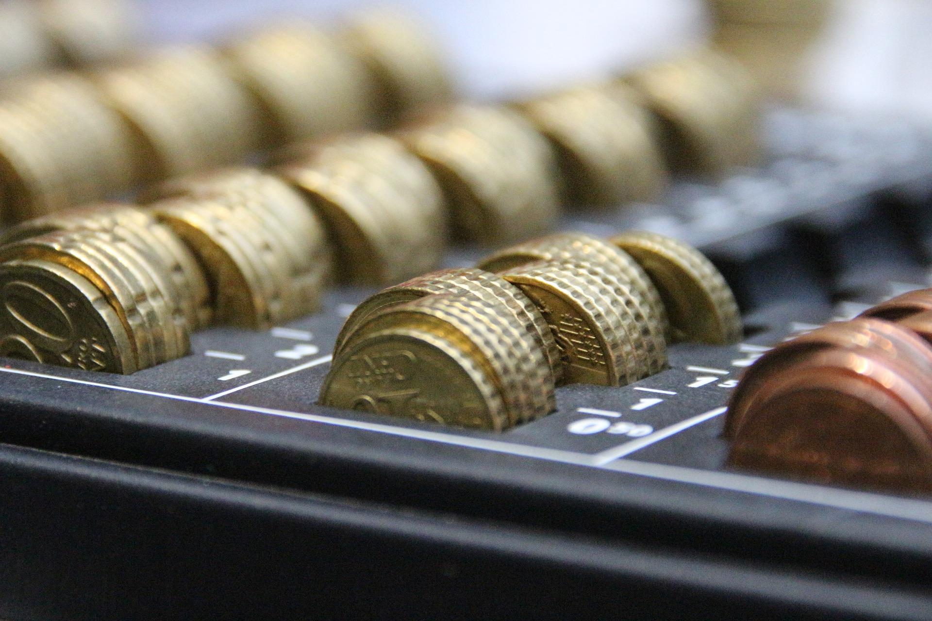 mince v poradaci